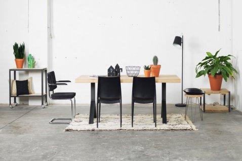 Production de meubles de table en bois - Cosma Fabricant de Brosses & Machines