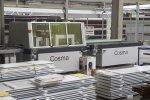 Production de portes en aluminium - Cosma Fabricant de Brosses & Machines