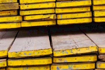 Sanding scaffolded wood - Cosma Brush & Machine Manufacturer