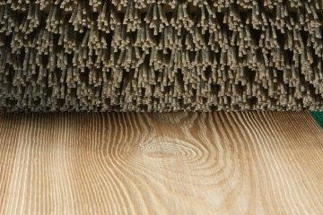 Brosses abrasives en nylon pour vieillir le bois - Cosma Traitement de Surface