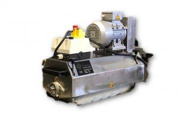 Reinigingsmachine voor transportsystemen - Cosma Machinebouwer